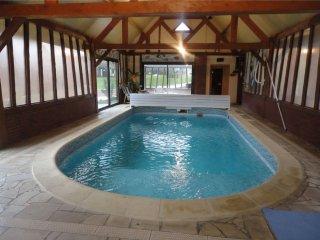 Belle et grande maison de Charme avec piscine, sauna, Jacuzzi - Brombos vacation rentals