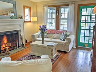 Cozy Artist decorated Cottage, walk to beach, pets Ok,  exceptional environment - Old Saybrook vacation rentals