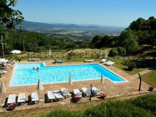 Il Mosca - Distinctive 1bdr in residence w/pool - Roccatederighi vacation rentals