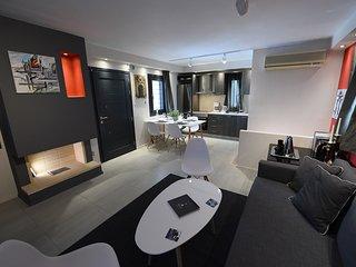 Beautiful 2 bedroom House in Hermoupolis - Hermoupolis vacation rentals