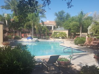 Great North Scottsdale condo steps from the pool - Scottsdale vacation rentals