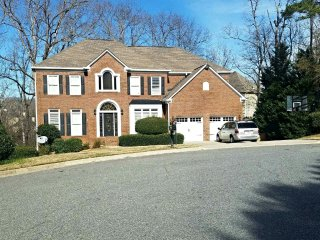 Beautiful & Cozy 5bed 4bath Home, great for Families and Friends!! - Suwanee vacation rentals