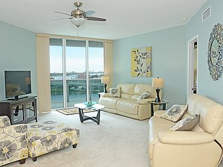 Gorgeous Condo with Internet Access and A/C - Holly Hill vacation rentals