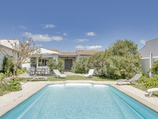 Maison de charme avec joli jardin à l'île de Ré - La Couarde vacation rentals