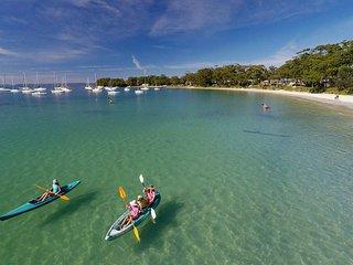 CARINYA BEACHFRONT ON JERVIS BAY - an absolute beachfront, wonderful bay views - Callala Bay vacation rentals