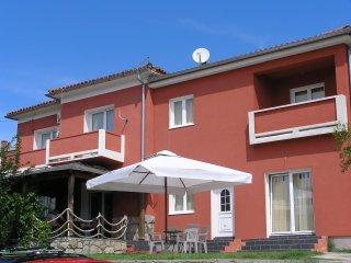 TH02912 Apartments Ilir / One Bedroom A1 - Banjol vacation rentals