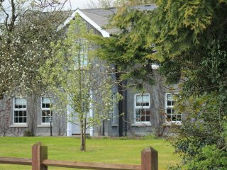 Bright Bellaghy House rental with Internet Access - Bellaghy vacation rentals