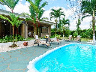 Fortuna's Best - Palm House and Cabin - La Fortuna de San Carlos vacation rentals