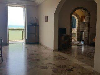 Casa Vacanze Antona a Licata, 150 m dal mare,  WiFi Free, Miglior prezzo! - Licata vacation rentals