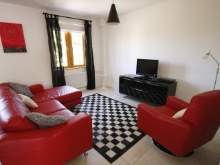 Beautiful Condo with Internet Access and Wireless Internet - Lisnarick vacation rentals