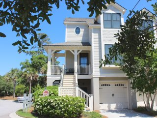 Lovely 3 bedroom House in Seabrook Island with Parking - Seabrook Island vacation rentals