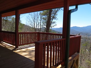 Nice House with Deck and Internet Access - Otto vacation rentals