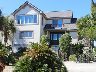 Bright 4 bedroom House in Seabrook Island with Deck - Seabrook Island vacation rentals