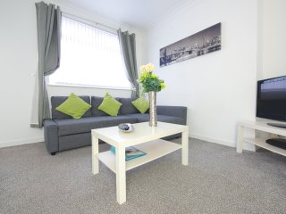 Cozy 3 bedroom House in Leeds - Leeds vacation rentals