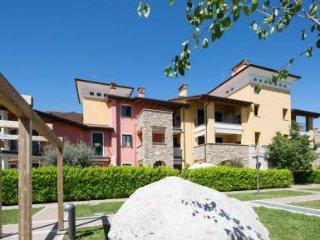 Beautiful 3 bedroom Condo in Sirmione - Sirmione vacation rentals