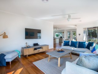 Capel Retreat - 3 min stroll to foreshore - Tootgarook vacation rentals