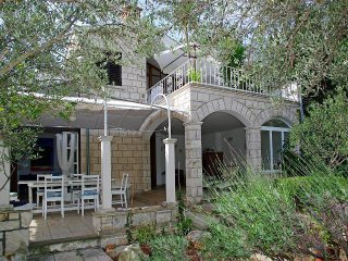 2 bedroom House with Internet Access in Cove Mikulina luka (Vela Luka) - Cove Mikulina luka (Vela Luka) vacation rentals