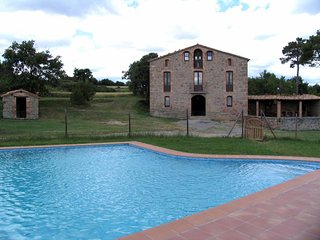 Nice House with Washing Machine and Microwave - Berga vacation rentals