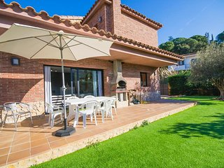 4 bedroom House with Microwave in Lloret de Mar - Lloret de Mar vacation rentals