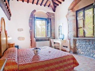ROOM in B&B, Farmhouse, pool, Toscana, sea 103 - Collemezzano vacation rentals