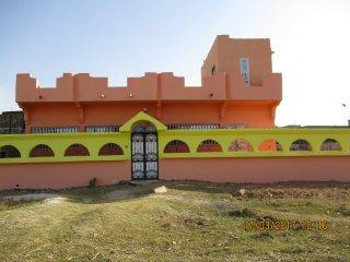 Villa meublée  250m2 avec gardien parking intérieur salon équipé cuisine équipée - Ziguinchor vacation rentals