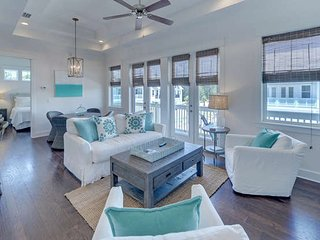 Elegant 2Bed 2Bath town house near SEASIDE, FL 5 min drive to beach from $110nt - Seacrest vacation rentals