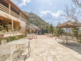 A rustic abode for those on a romantic escapade - Shimla vacation rentals
