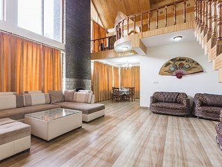 Contemporary abode for three, 650 m from National Park - Manali vacation rentals