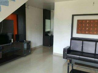 Comfy 2-BR bungalow, close to Lake Venna - Mahabaleshwar vacation rentals