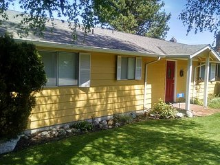 225 - 6th Street, Langley Vacation House - Langley vacation rentals
