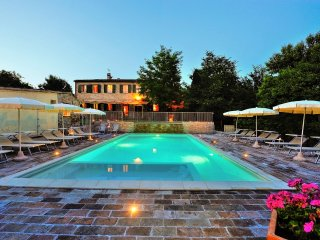 Perfect 10 bedroom House in Rupoli with Internet Access - Rupoli vacation rentals