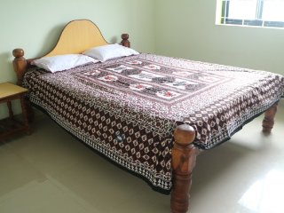 Commodious stay for 6 in an apartment walking distance from Ashwem beach - Ashvem Beach vacation rentals