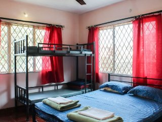 Wonderful 3 bedroom Bungalow in Mahabaleshwar with Satellite Or Cable TV - Mahabaleshwar vacation rentals