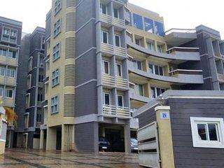 Capacious 2-bedroom apartment ideal for a family - Vasco da Gama vacation rentals