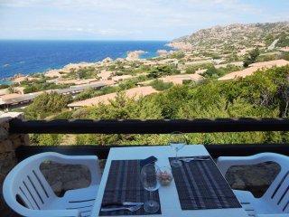 Appartamento con splendida vista - Costa Paradiso vacation rentals