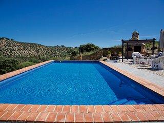 Country property , breathtaking views, Pool, WIFI - Fuentes de Cesna vacation rentals