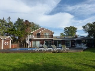 Bright 4 bedroom House in Westhampton - Westhampton vacation rentals