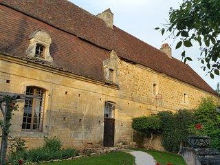 Gîte Grottes du Périgord, heated pool, jacuzzi - Cenac-et-Saint-Julien vacation rentals