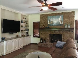 Eden Isle, Greers Ferry Lake, Home on the golf course with a FULL membership. - Heber Springs vacation rentals
