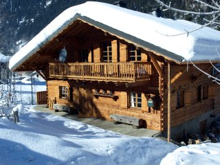 Chalet Gallois, self catered alpine chalet for 10 in beautiful Chatel - Chatel vacation rentals