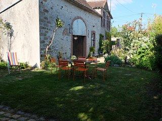 Maison de Caractère  9 couchages.Cité Médiévale de Provins 15 km. - Donnemarie-Dontilly vacation rentals