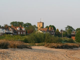Beautiful House with Television and Central Heating - Mersea Island vacation rentals
