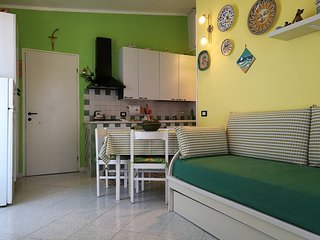 Nice Condo with Tennis Court and Housekeeping Included - Finale vacation rentals