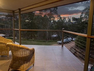 Unwind * 'Stirling Hideaway Retreat' - The Balcony Apartment - Stirling vacation rentals