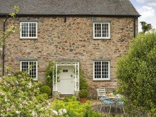 3 bedroom House with Internet Access in Ashprington - Ashprington vacation rentals