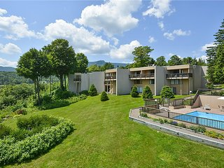Beautiful 1 bedroom Stowe House with Private Outdoor Pool - Stowe vacation rentals