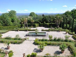 4 bedroom Villa with Internet Access in Colle di Compito - Colle di Compito vacation rentals