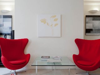 Luxury Oxford Street/Marylebone 1 bed pad - Dagenham vacation rentals