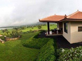 Cozy 2 bedroom Villa in Igatpuri - Igatpuri vacation rentals
