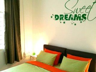 Nice House with Deck and Internet Access - Kampung Kedawang vacation rentals